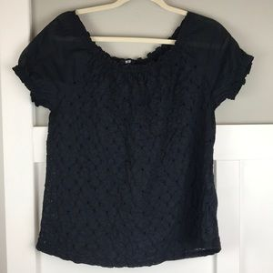 Uniqlo black eyelet peasant blouse M